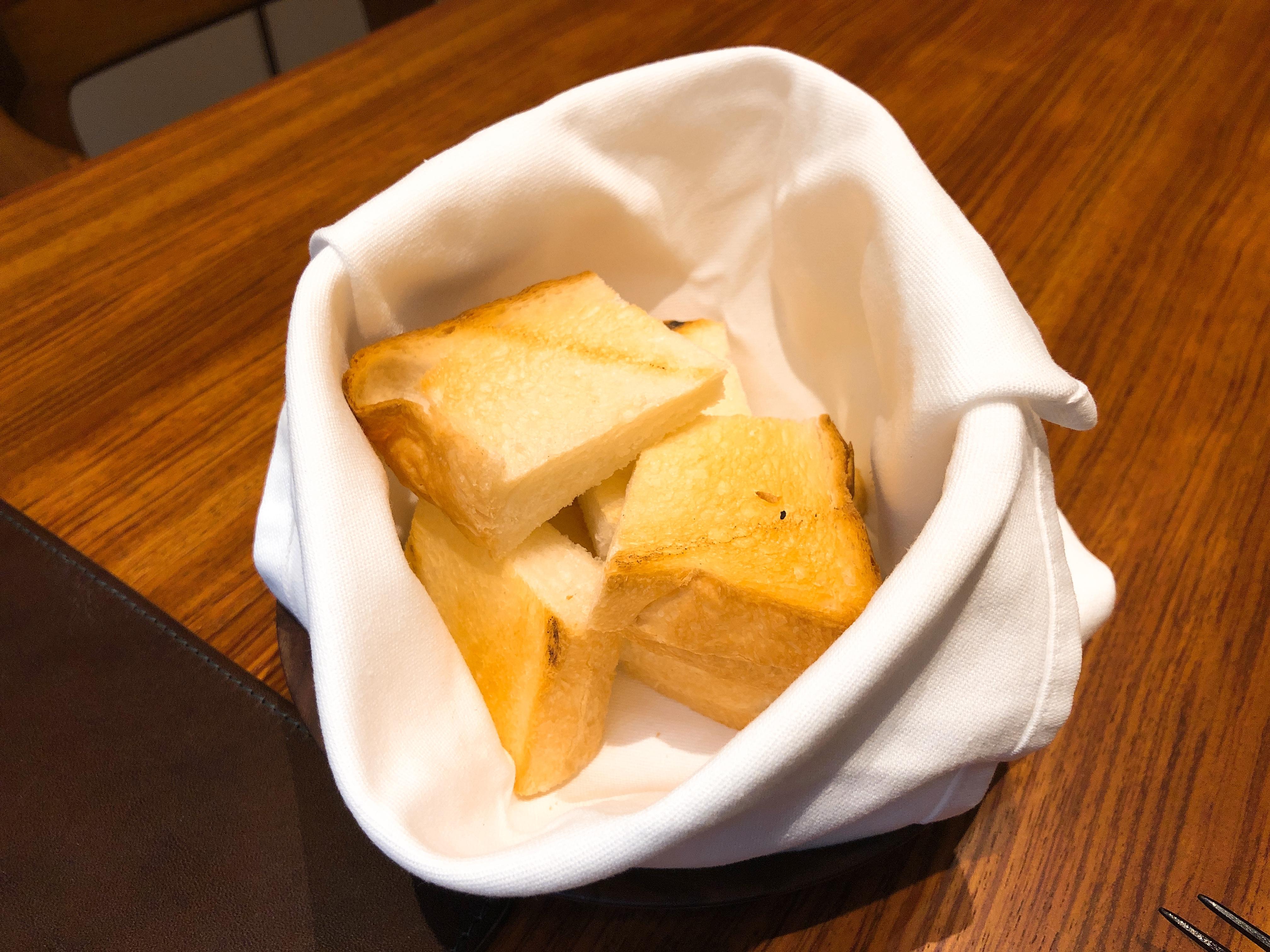 食パン工房ラミの食パン